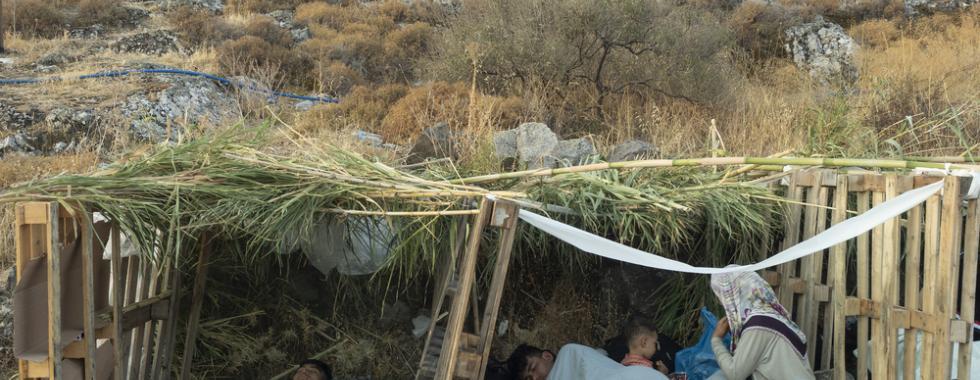 MSF reitera apelo para que migrantes sejam transferidos dos campos nas ilhas gregas