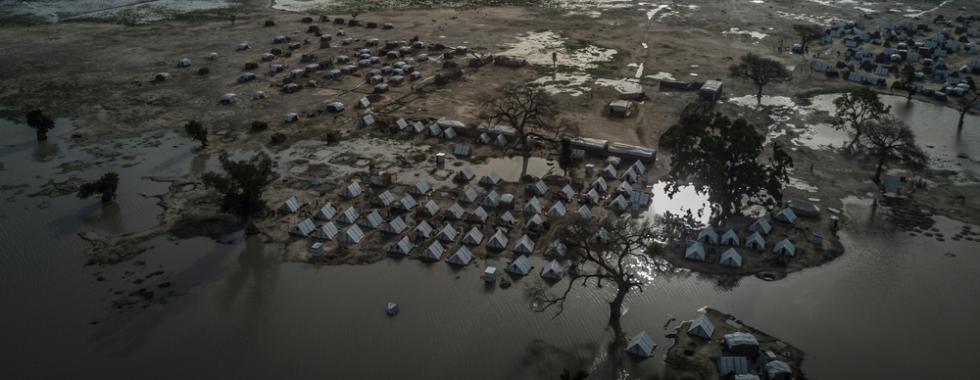 """Nigéria: """"Tenho vergonha de depender dos outros para viver, mas não podemos ir para casa"""""""