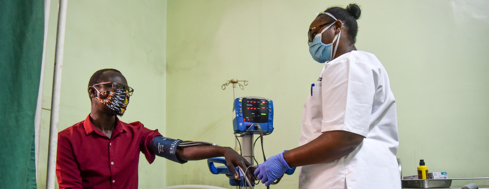 COVID-19 e falta de equipamento de proteção ameaçam atendimento médico no Quênia