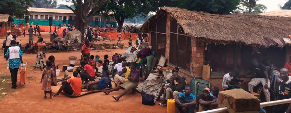 República Centro-Africana: 10 mil pessoas dormem no hospital de Batangafo