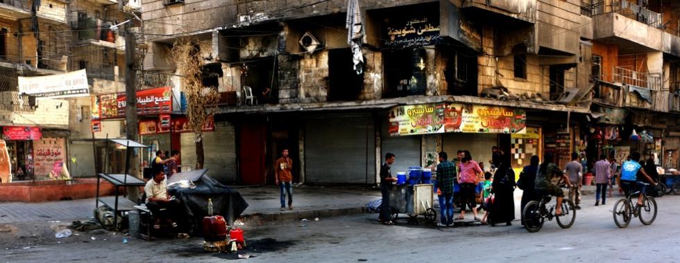 """Aleppo, Síria: """"A cidade está sendo devastada diante dos nossos olhos"""""""
