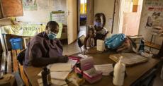 Enfermeiros estão na linha de frente em projeto contra doenças não transmissíveis no Zimbábue