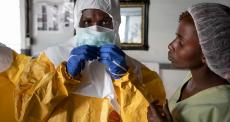 OMS declara ebola emergência internacional