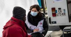 Cuidados médicos para grupos vulneráveis em Paris e arredores durante a pandemia do novo coronavírus