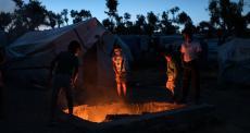 Grécia: aumentam as tentativas de suicídio e autoagressão entre crianças refugiadas no campo de Moria