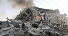 Forte bombardeio leva Gaza à beira da catástrofe