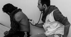 Grécia: em Atenas, sobreviventes de tortura recebem cuidado especializado