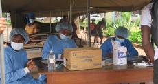 Zimbábue: sistema de saúde está exaurido pela onda mais recente de COVID-19