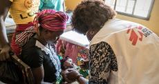 Enfermeiras e obstetrizes retornam a Serra Leoa após receberem treinamento para ajudar a revitalizar o sistema de saúde