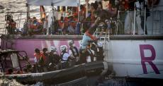 4 resgates no mar Mediterrâneo realizados pelo navio Sea-Watch 4 em agosto de 2020