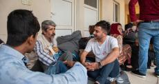 Ex-refugiados ajudando novos refugiados no Iraque