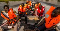 De barco e de carro, MSF leva atendimento médico a locais remotos no Sudão do Sul