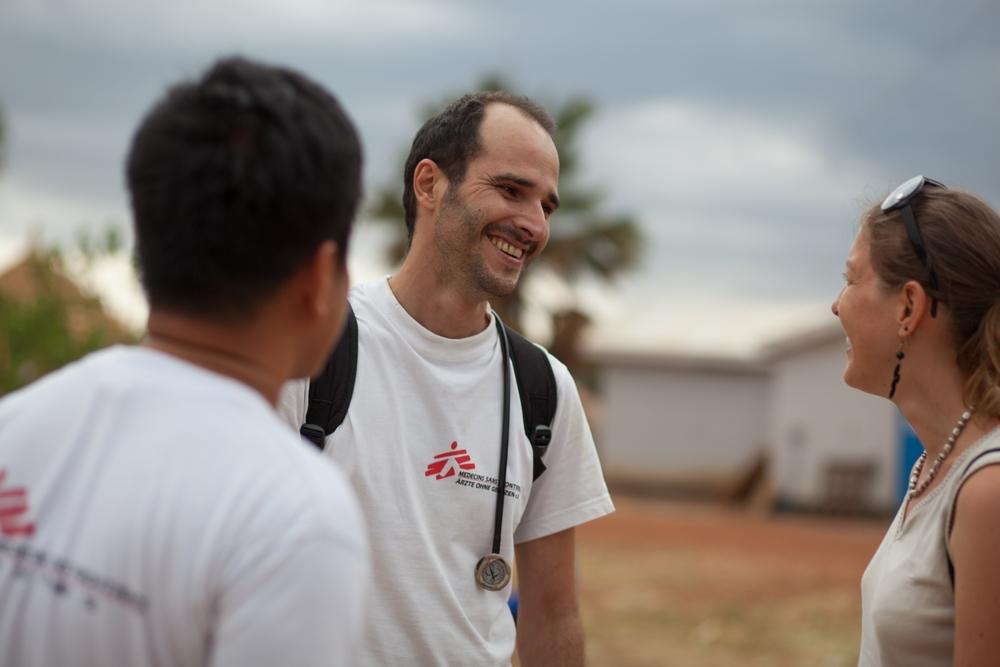 Conheça o novo Presidente Internacional de Médicos Sem Fronteiras